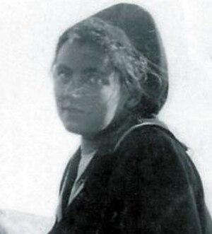 Grace Oakeshott - Grace - before she faked her death