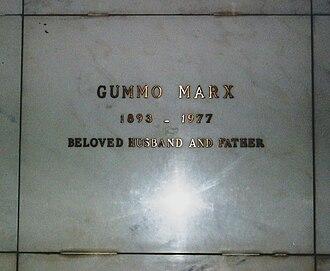 Gummo Marx - Crypt of Gummo Marx
