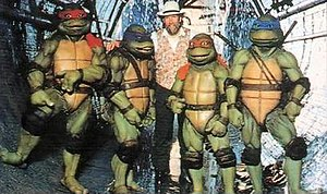 Teenage Mutant Ninja Turtles (1990 film) - Jim Henson on set with the suit actors. The film was released less than two months before Henson's death.