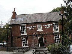 Crooked house dudley.jpg