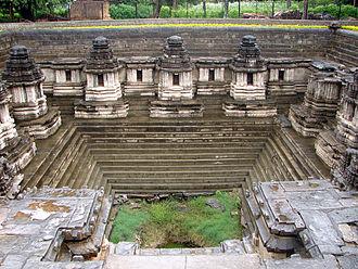 Hoysala architecture - Hoysala stepped temple tank (Kalyani) at Hulikere, Karnataka