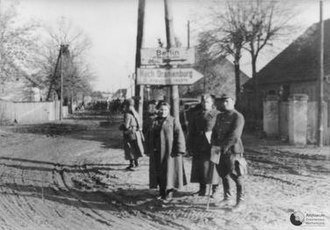 Polish Armed Forces in the East - Soldiers of the Polish Second Army in the area of the Lusatian Neisse River after fording it in April 1945