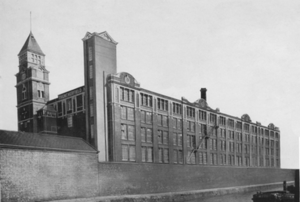 Trencherfield Mill - Image: Trencherfield Mill, Wigan 0019