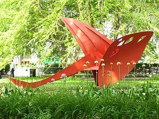 <i>Flying Dragon</i> (Calder) sculpture by Alexander Calder