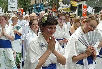 The Mischief Makers - Geishas at the MPH march in Edinburgh, July 2005