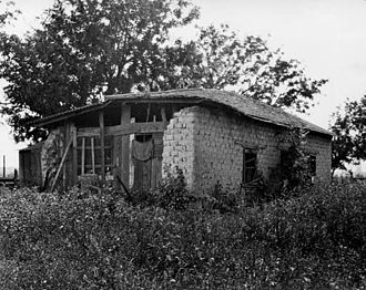 El Monte, California - Oldest home in El Monte, built 1849 (photo 1922).