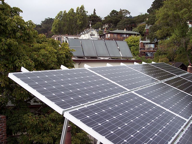 File Pv And Solar Thermal Jpg Wikipedia