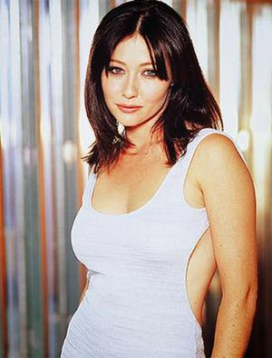 Prue Halliwell - Shannen Doherty as Prue