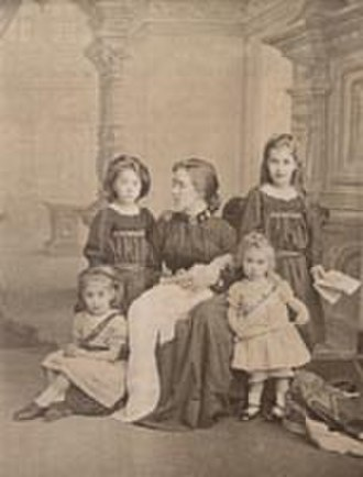 Florence Booth -  Soper with five of her seven children