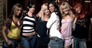Stickwitu - Screenshot of the video with the Pussycat Dolls during a photoshoot.