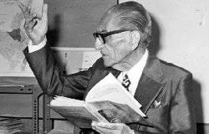 Hugo Mayo - Image: A picture of the Ecuadorian poet Hugo Mayo