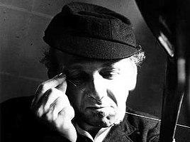 Ivor Cutler a flat man