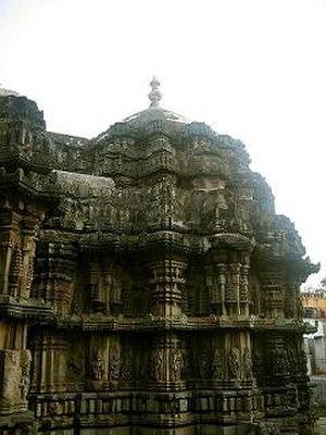 Bhadravati, Karnataka - Lakshmi Narasimha temple, 13th century Hoysala architecture