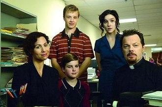 The Riches - The Malloys (clockwise from left): Dahlia, Cael, Di Di, Wayne, and Sam