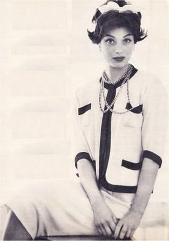 Marie-Hélène Arnaud - Arnaud modelling a Chanel suit, 1958