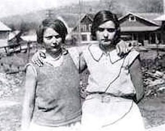 Scottsboro Boys - Victoria Price (left) and Ruby Bates (right) in 1931