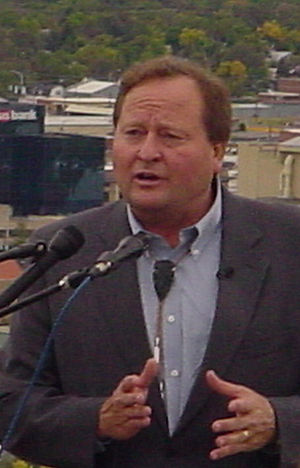 Brian Schweitzer - Governor Brian Schweitzer campaigning in Billings, Montana for Jon Tester in September 2006