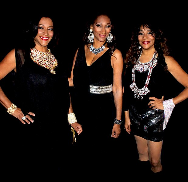 File:Sister Sledge 2015 front shot.jpg