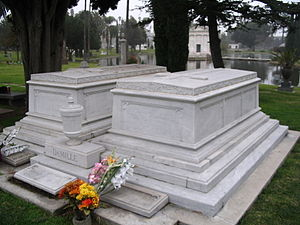 DeMille's tomb at Hollywood Forever Cemetery DeMilleTomb.JPG