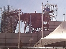 Construction of an hourglass to be used as the set for an American quiz show.