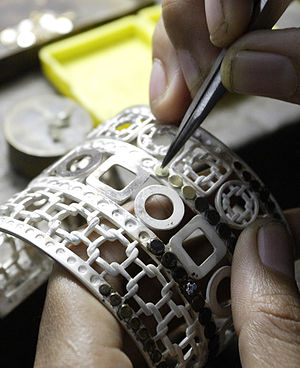 Granulation of Dotsilang cuff