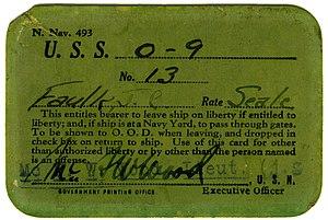 USS O-9 (SS-70) - Image: O9 SS70 pass front