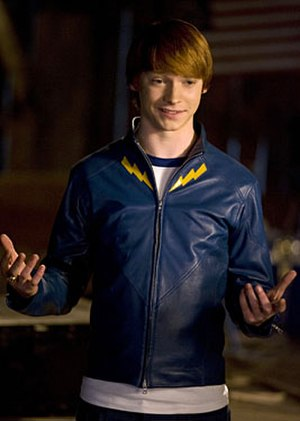 Garth Ranzz - Calum Worthy as Garth Ranzz on Smallville