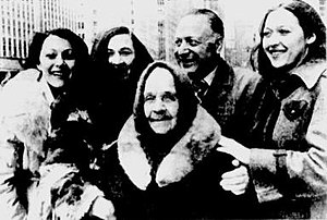Victor Herman - Photograph of Victor Herman with his Russian family after they arrived in the United States ca. 1977. From left: daughter Svetlana, wife Galina, his Russian mother-in-law, daughter Jaana.