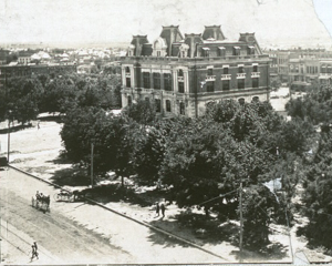 Garfield County Courthouse (Enid, Oklahoma) - Enid's courthouse in 1908.