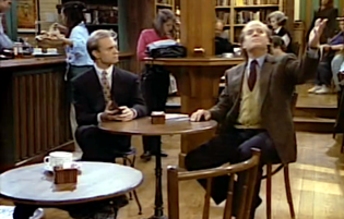 "Frasier 1.01 ""The Good Son"" screenshot.png"