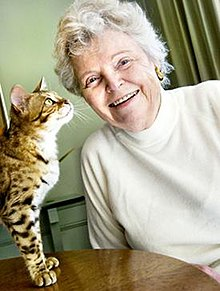 Jean Mill with a Bengal.jpeg