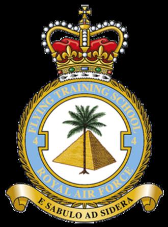 No. 4 Flying Training School RAF - Unit badge