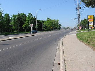 Clarkson, Mississauga - Looking west from Clarkson Village, towards the intersection of Lakeshore and Southdown Roads