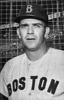 Russ Gibson American baseball player