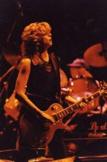 Kelly Johnson (guitarist) - Wikipedia, the free encyclopedia