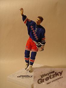 One of the many Gretzkys McFarlane has produced. Featured above is Gretzky  (9) which was produced with that wrong date stamp on the base. d5107f420