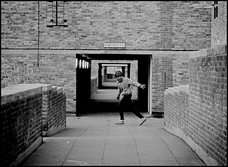 Peckham - North Peckham Estate, 1984 (Photograph by Russell Newell)