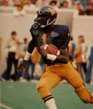 Gary Mullen (American football) - Image: Gary Mullen WVU