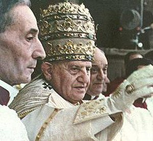 Pope John XXIII - Pope John XXIII's coronation on 4 November 1958. He was crowned wearing the 1877 Palatine Tiara.