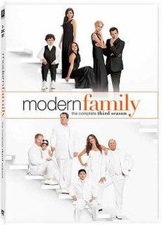 <i>Modern Family</i> (season 3) season of television series