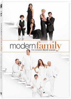 Modern Family (season 3) - Image: Modern Family Season 3