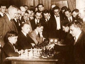 Samuel Reshevsky - Reshevsky playing chess in 1922