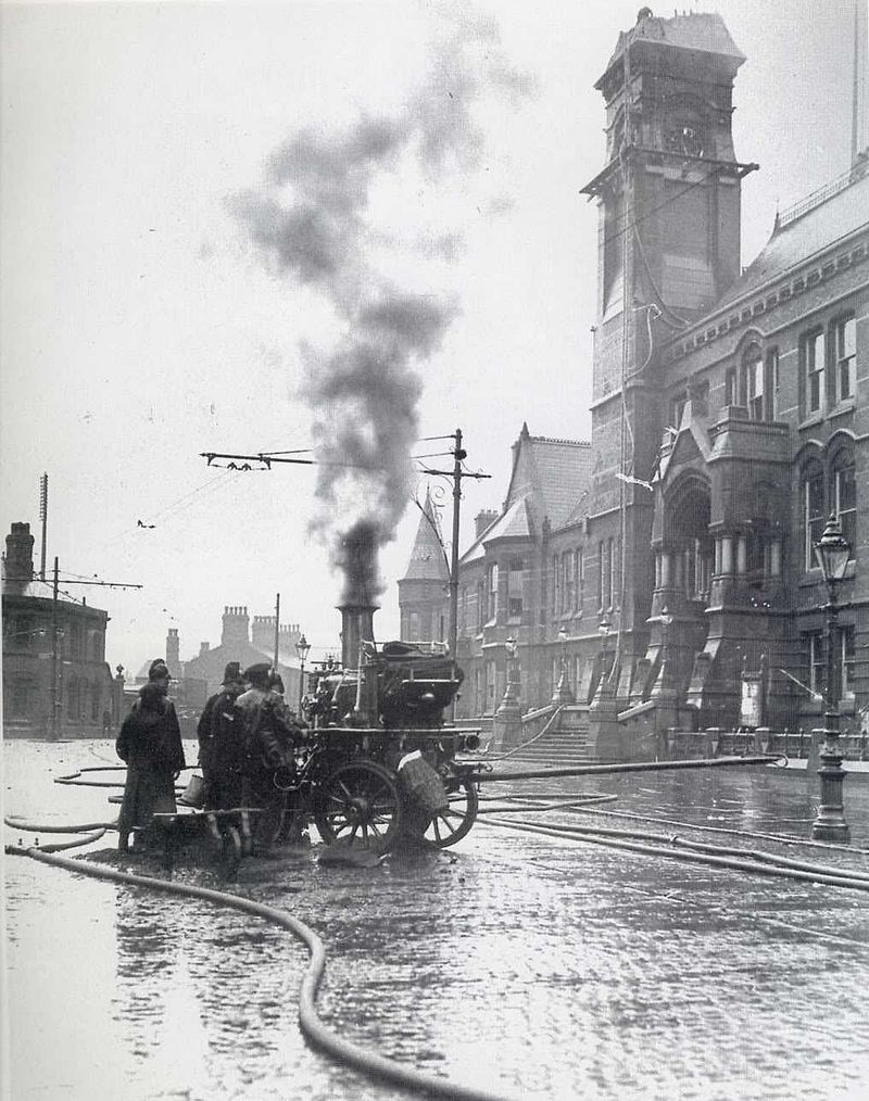 Steam Pump Truck for Firefighting StHelens1913.jpg