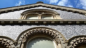 West Hyde - Image: Stonework and knapped flintwork on St. Thomas