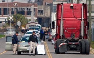Visible Intermodal Prevention and Response team - VIPR team setting up a checkpoint at the Mississippi Port of Gulfport, 2009