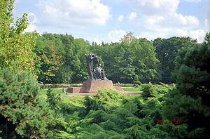 Fryderyk Chopin Monument, Łazienki Park.
