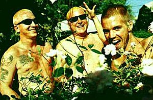 "Sublime (band) - Floyd ""Bud"" Gaugh, Eric Wilson, and Bradley Nowell in a 1996 promotional picture"