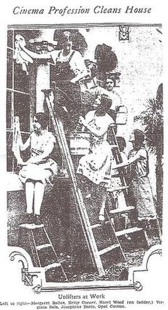 Hollywood Studio Club - Photograph of Studio Club residents cleaning house, Los Angeles Times, 1927