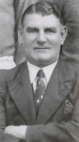 Joe Smith (football forward, born 1889) - Image: Joe Smith (football manager)