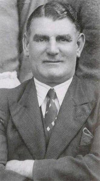 Joe Smith (football forward, born 1889) - Image: Joe Smith (football manager)